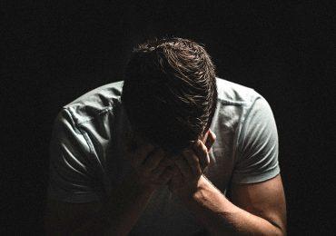 Saiba como se libertar do descontrole emocional